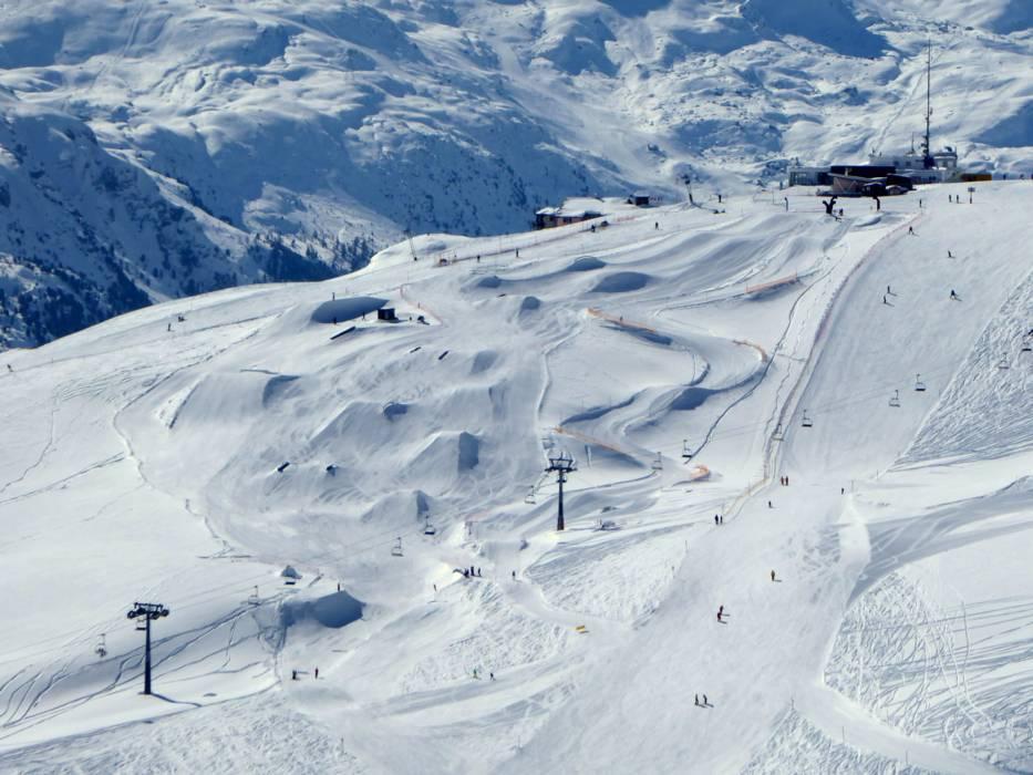 ski slopes sankt moritz